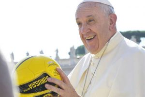pope_francis_holds_a_soccer_ball_in_st_peters_square_during_the_wednesday_general_audience_on_august_26_2015_losservatore_romano_cna